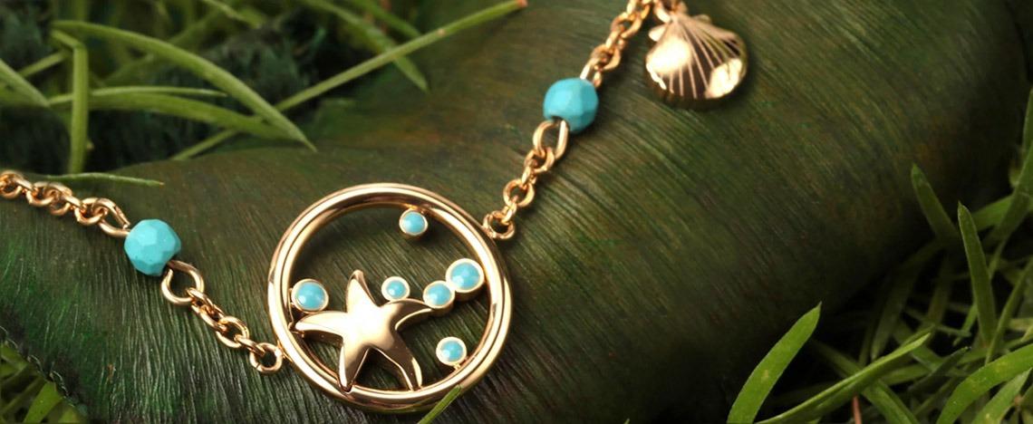 Gioielli con simboli marini